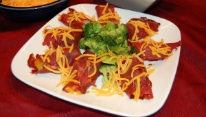 Broccoli and Cheddar Cheese Dried Beef Wraps